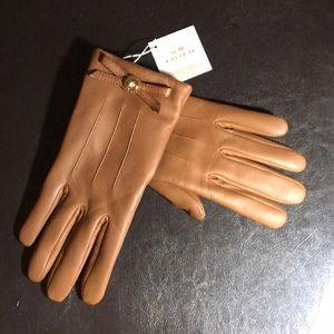 NWT Coach tan leather gloves